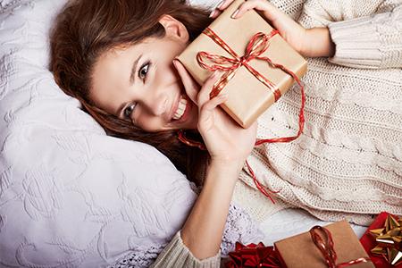 Як вибрати подарунки для жінок на Новий рік